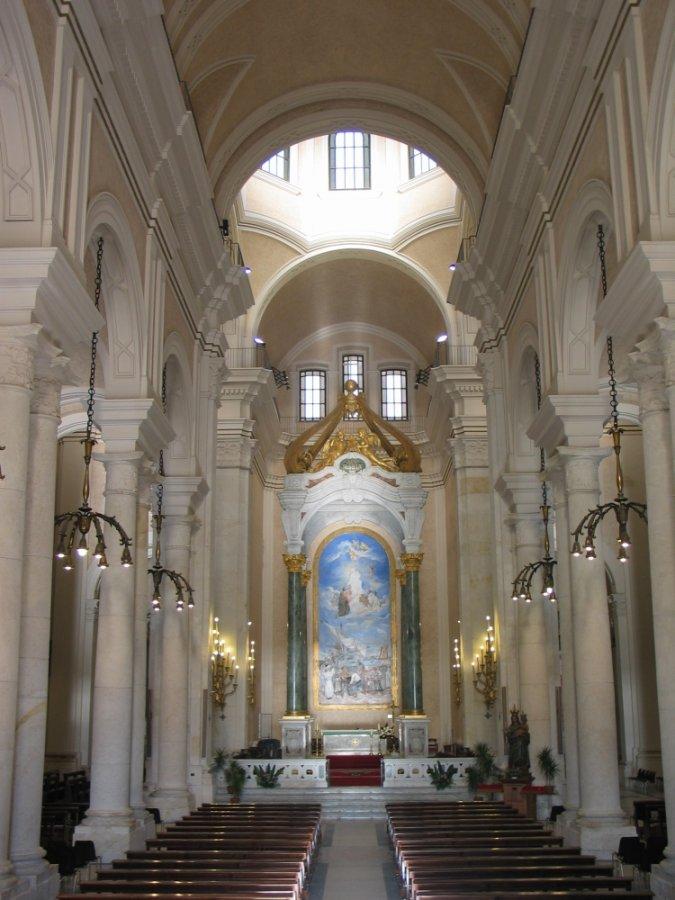 Interno della Basilica di Bonaria
