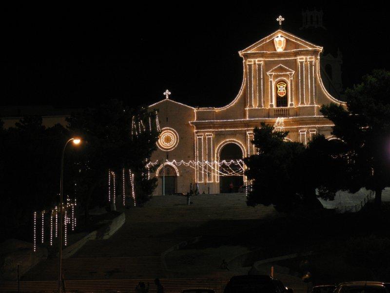 La Basilica illuminata